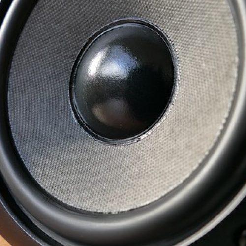 audio-1221152__340